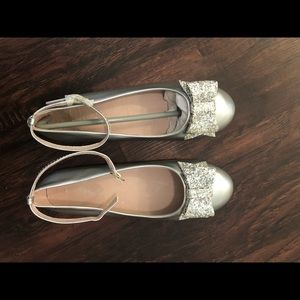 Chasing FireFlies Silver Bow Flats